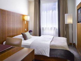 โรงแรม K+K อัมฮาร์ราส