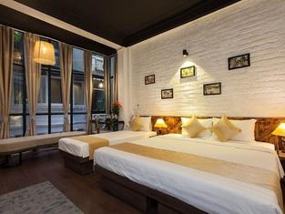 Luxury Backpakers Hotel