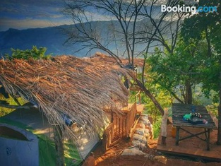 The Cliff Tea Glamping
