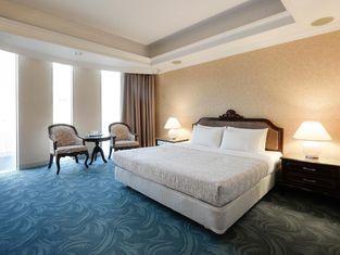 โรงแรมฟอร์บส์