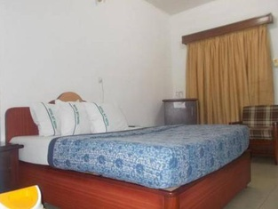 Room in Lodge - Royal Bit Hotelbudget Hotel in Calabar