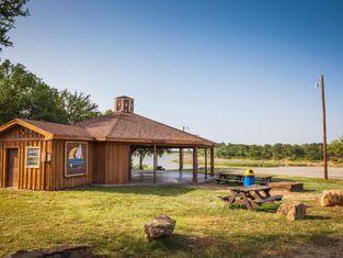 Bay Landing Camping Resort Cabin 15
