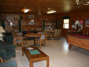 Bay Landing Camping Resort Cabin 9