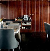 Apartemen 83 m² Dengan 2 Kamar Tidur dan 3 Kamar Mandi Pribadi di Simpang Lima