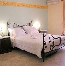 狄里娜公寓酒店