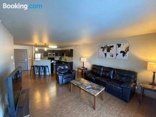 Huge Two-Bedroom Apt With Oversized Master Bedroom