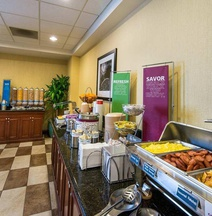 Hampton Inn & Suites Fort Myers-Colonial Blvd.