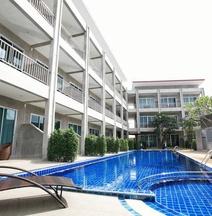 The Malika Hotel