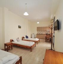 Asterolithos Hotel