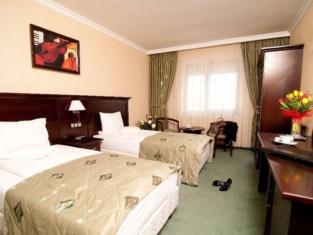 Hotel Rapsodia City Center