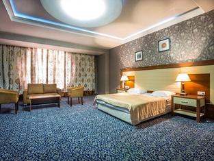 Premier Expo Hotel