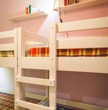 IQ Hostel