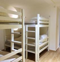 Lazy Gaga Youth Hostel