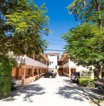 Baan Lanna Serviced Apartment