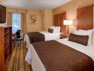 Best Western Plus Richmond Airport Hotel