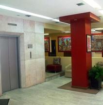 ホテル ナポレス