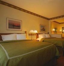 Comfort Suites Canal Park
