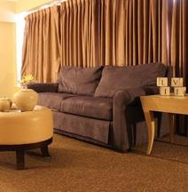 アバロン ホテル & カンファレンス センター