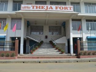 Hotel Theja Fort