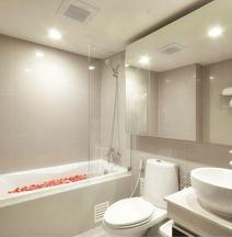 Aspen Suites Hotel Sukhumvit 2 by Compass Hospitality