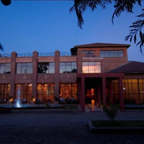Lal Hotel & Spa